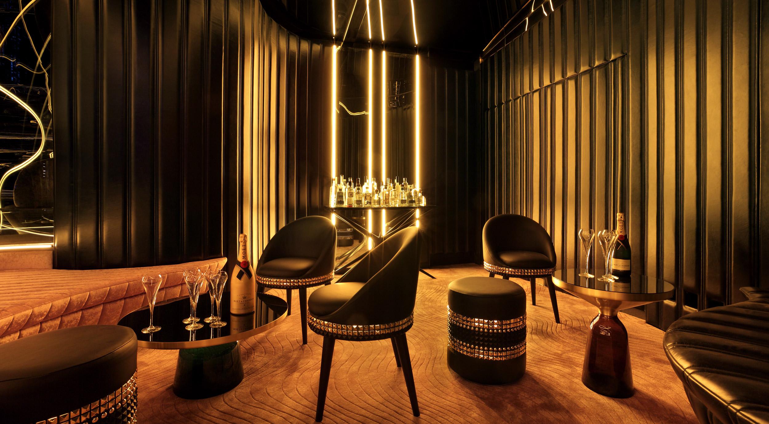 Bond Lounge Room