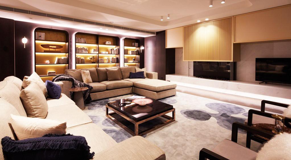Capital Grand Lounge